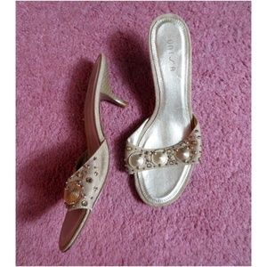 Unisa Tan Small Heel Sandals